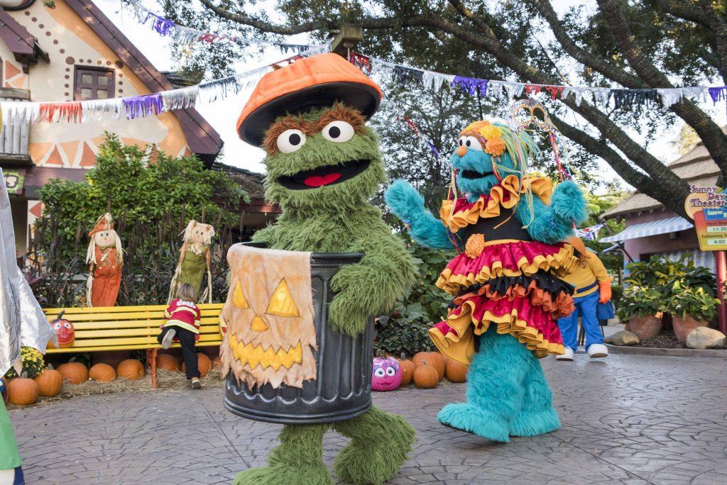 SSSOF Oscar and Rosita Character Parade