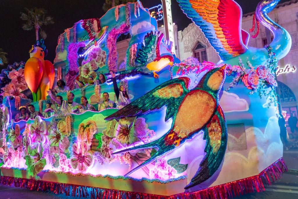 Parade at Universal Orlandos Mardi Gras 2019 19 1024x683 1