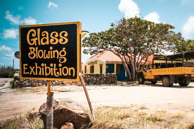 Aruba Island Tour - Glass Blow Demo